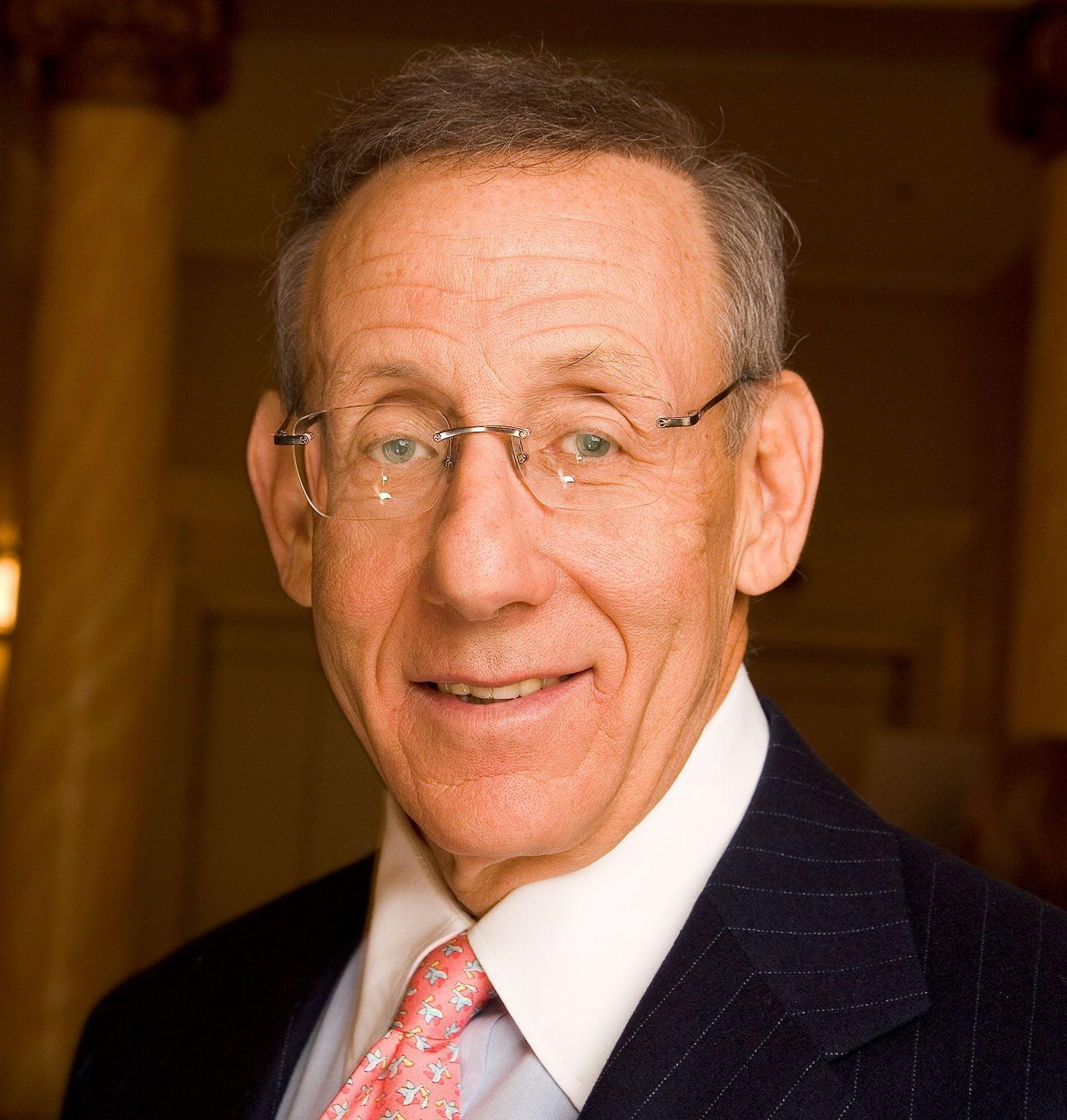 Headshot of Stephen Ross